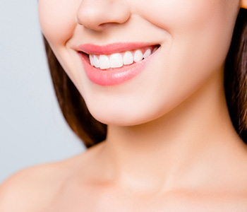 What is Tooth Whitening in Brookline area